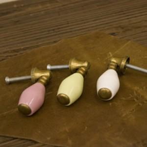 選べる3個セット 全3色 色鮮やかで可愛らしいアンティークノブ/ドアノブ ドロップ