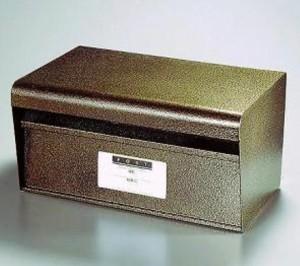 再入荷★ きれいなエンボス加工の郵便ポスト #27