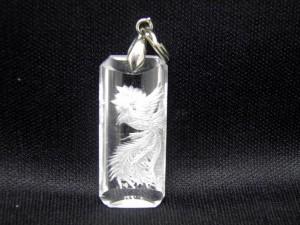 【ペンダントトップ】水晶鳳凰手彫り(深彫り)ペンダントトップ 天然石 パワーストーン