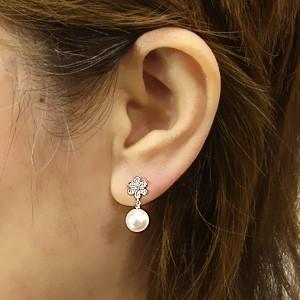 真珠 パール 6月誕生石 ピアス あこや本真珠 K18WG ホワイトゴールド 真珠の径8mm ピンクホワイト系 ダイヤモンド 14石 0.06ct 花 ピアス