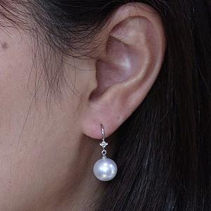 真珠パール ピアス 南洋白蝶真珠 ホワイトピンク色 直径10mm ダイヤモンド K18WG真珠 フック式 揺れるブラタイプ ピアス