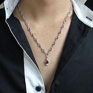 【送料無料】メンズ・ネックレス・百合の紋章・一粒・ガーネット・ペンダント・1月誕生石・シルバー・ネックレス