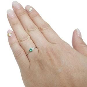 【送料無料】プラチナ・一粒・エメラルド・リング・プレゼント・リング・指輪