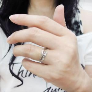 【送料無料】プラチナ ピンキーリング ロイヤルブルームーンストーン ヘビ ロープ 指輪