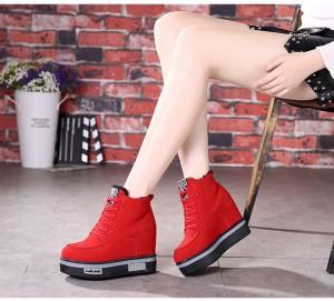 レディースファッション 靴 ショートブーツ 厚底 履きやすい 紐 スエード風 脚長効果 休日のお出かけに カジュアルスタイル 裏起毛