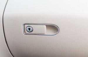 ベンツ グローブボックス フレーム パーツ カバー トリム インテリア ダッシュ ボードctr-i78【1〜2日発送】