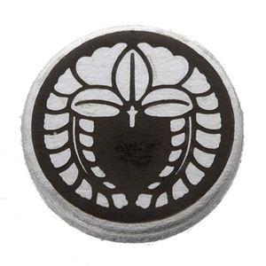 家紋つきメガネホルダー 〔貝パール〕丸に下がり藤