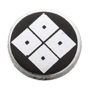 家紋つきメガネホルダー 〔貝パール〕丸に隅立四つ目