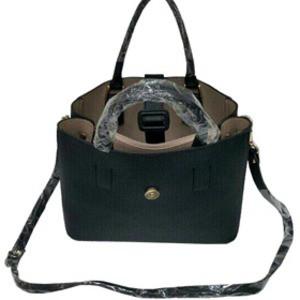 ファスナー仕切ポケット付♪ベルトバックル付柔らか素材のトートバッグ/ブラウン