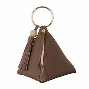 リングが持ち手にもなるピラミッド型ハンドバッグポーチ/カーキ