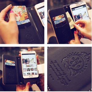 MrH(ミスターエイチ)スマホウォレットケース/キャンディホースホワイトByiphone6plus