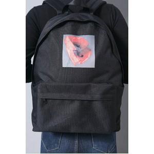 刺繍がアクセント 前ポケット付軽量ラウンドリュック/アートフラワーブラック
