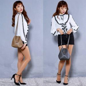 韓国で人気デザイン♪少し変わった巾着ショルダーバッグ/ブラック