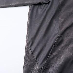 シャカシャカと音がしない撥水&防風加工・リフレクター・裏地付フルジップパーカー ネイビード M