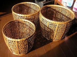 バンブー 編みこみ カゴ 丸型 Mサイズ [D.25cm] アジアン雑貨 バリ雑貨 インテリア 収納 バスケット 編み込み ボックス