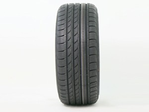 225/40R18 テイクマックス(TRACMAX) S210 スタッドレス 17年製 【エアバルブ付き】 新品タイヤ