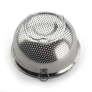 ▼パール金属 アクアシャイン ステンレス製 パンチボール型ザル15cm H9129 [フック付/足付/ざる/網/ストレーナー/ステンレス鋼/食洗機対