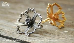 なでしこリング 指輪/お花モチーフ/フラワー/立体的だからサイドからだってとってもきれい。