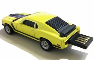 【送料無料】AUTODRIVE オートドライブ8GB フォードマスタング1970 イエロー USBメモリー