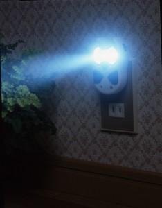 【停電と同時にパッと点灯!!】 ふくろう型停電灯 ATD-100