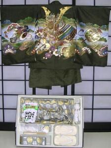 七五三レンタル★七歳男の子袴セット★抹茶地に兜柄noV