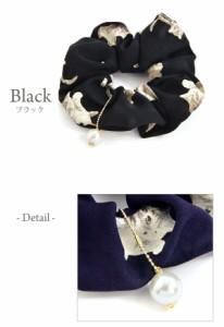 シュシュ ネコ ねこ 猫 キャット パール チャーム付き アンティーク 調 プリント 柄 Luxury's ヘアアクセサリー