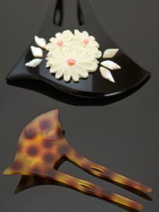 [フォーマルなお着物スタイルにオススメ♪][大きな花モチーフと螺鈿装飾が美しいバチ型簪]黒/べっ甲色/訪問着