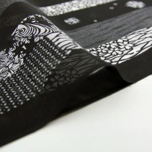 夏用 絽 小紋反物 市田ひろみ 好み 「黒地に撫子、紅葉」 【お仕立て付き】反物