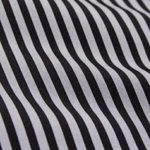 卒業式 袴 レンタル 小学生 男の子 卒業式紋付羽織袴セット フルセットレンタル 「紺地に菱文」