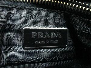 プラダ PRADA ショルダーバッグ - 黒 レザー【中古】