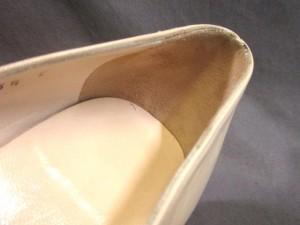 サルバトーレフェラガモ パンプス 5 1/2 C レディース ガンチーニ アイボリー×黒 レザー×エナメル(レザー)【中古】