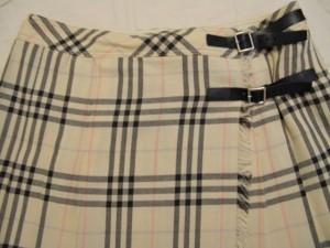 バーバリーブルーレーベル Burberry Blue Label スカート サイズ38 M レディース アイボリー×黒×マルチ チェック柄【中古】