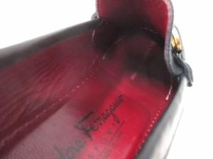 フェラガモスポーツ SalvatoreFerragamoSPORT ローファー 6 1/2 D レディース ガンチーニ 黒×ゴールド レザー×金属素材【中古】