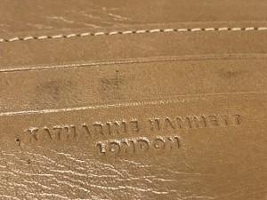 キャサリンハムネット KATHARINEHAMNETT 3つ折り財布 白 がま口/型押し加工 レザー【中古】