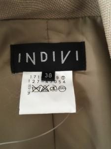 インディビ INDIVI ジャケット サイズ38 M レディース 美品 ベージュ【中古】
