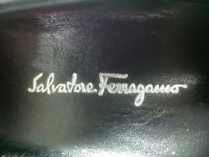 サルバトーレフェラガモ SalvatoreFerragamo ローファー 4 1/2 C レディース ガンチーニ 黒×ゴールド レザー×金属素材【中古】