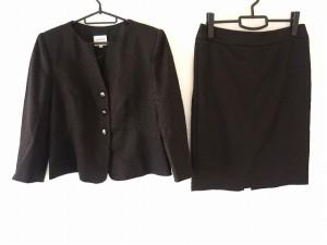 アルマーニコレッツォーニ ARMANICOLLEZIONI スカートスーツ レディース 美品 黒【中古】