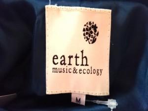 アースミュージック&エコロジー earth music&ecology コート サイズM レディース ブルー 冬物【中古】