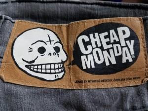 チープマンデー CHEAP MONDAY ジーンズ メンズ グレー【中古】