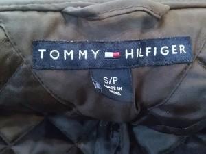トミーヒルフィガー TOMMY HILFIGER ブルゾン サイズS レディース 美品 ダークブラウン キルティング【中古】
