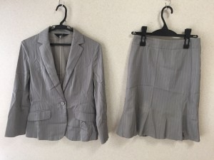 イネド INED スカートスーツ サイズ7 S レディース グレー×白 ストライプ【中古】