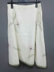 トッカ TOCCA スカート サイズ0 XS レディース 美品 白×ピンク×グリーン 刺繍/花柄【中古】