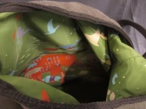 ハンティングワールド ショルダーバッグ カーキ×マルチ リバーシブル/ボルネオチャリティーシリーズ キャンバス【中古】