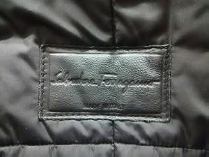 サルバトーレフェラガモ SalvatoreFerragamo コート サイズ50 M メンズ 黒 冬物【中古】