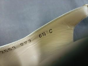 サルバトーレフェラガモ SalvatoreFerragamo サンダル 6 1/2 C レディース - 白×黒 レザー×パイソン【中古】