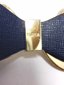 フルラ FURLA キーホルダー(チャーム) レディース ダークネイビー×ゴールド リボン レザー×金属素材【中古】