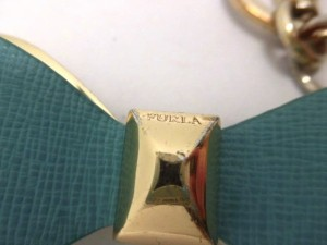 フルラ FURLA キーホルダー(チャーム) レディース ライトブルー×ゴールド リボン レザー×金属素材【中古】
