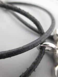 カルティエ Cartier ネックレス レディース ダブルC 金属素材×レザー シルバー×黒【中古】
