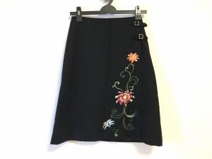 ヴィヴィアンタム VIVIENNE TAM スカート レディース 美品 黒×マルチ フラワー/刺繍【中古】