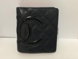 シャネル CHANEL 2つ折り財布 レディース カンボンライン 黒 ココマーク レザー×エナメル(レザー)【中古】